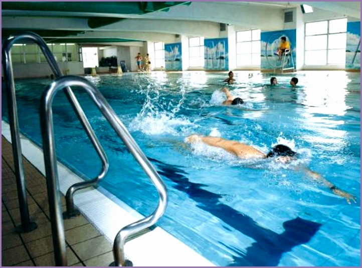 ymca swimming pool