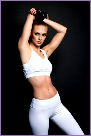 model kiragrace dess · adidas fitness