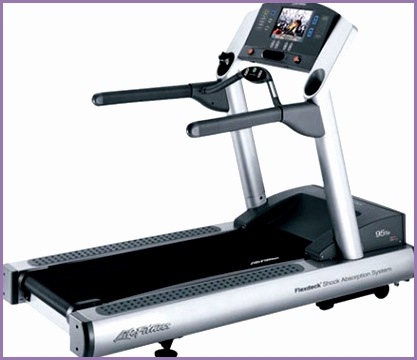 Life Fitness 95Te Treadmill w Integrated TV