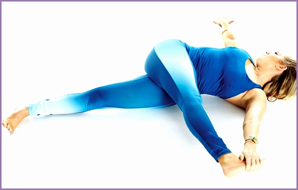 5 Relaxing Yoga Poses To Do Before Bed