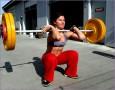 6 Fitness Girls Squatting