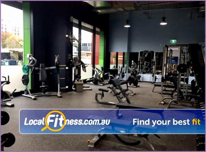 24 hour fitness staffed hours