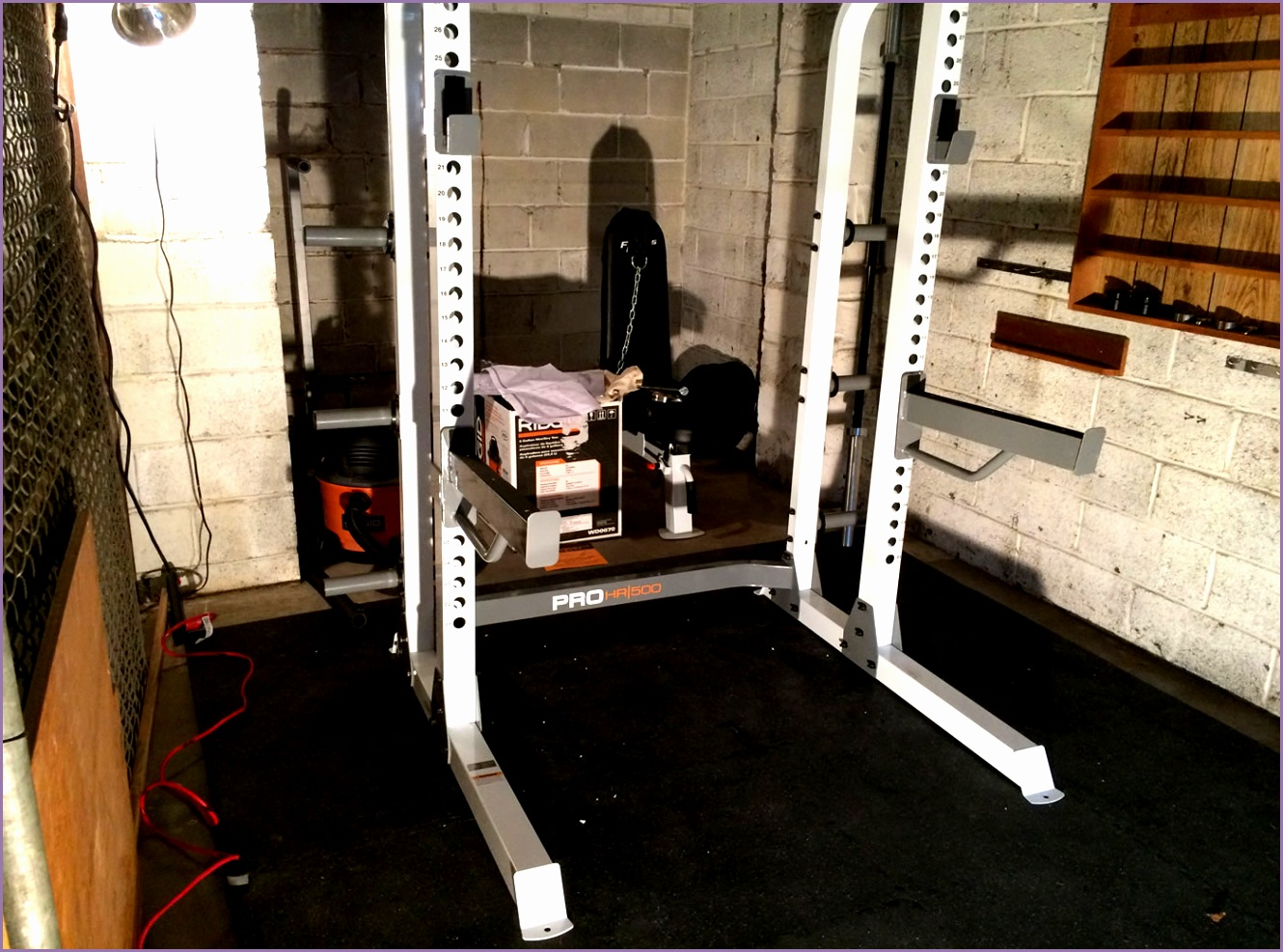 2956 project huge building a home gym squatting benching and pulling on my half rack